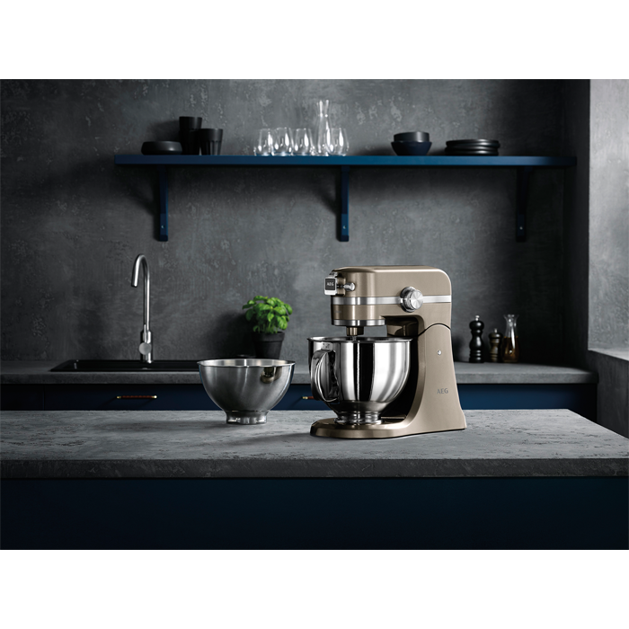 AEG - Küchenmaschine - KM4620